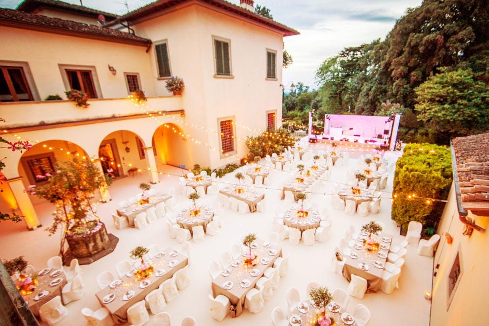 Reception setting in Tuscany Villa