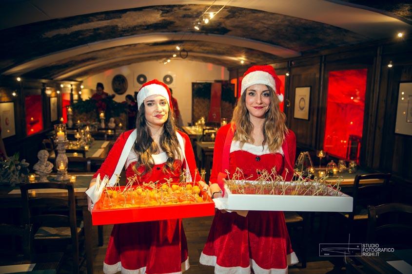 Tuscanbites waiters marry christman