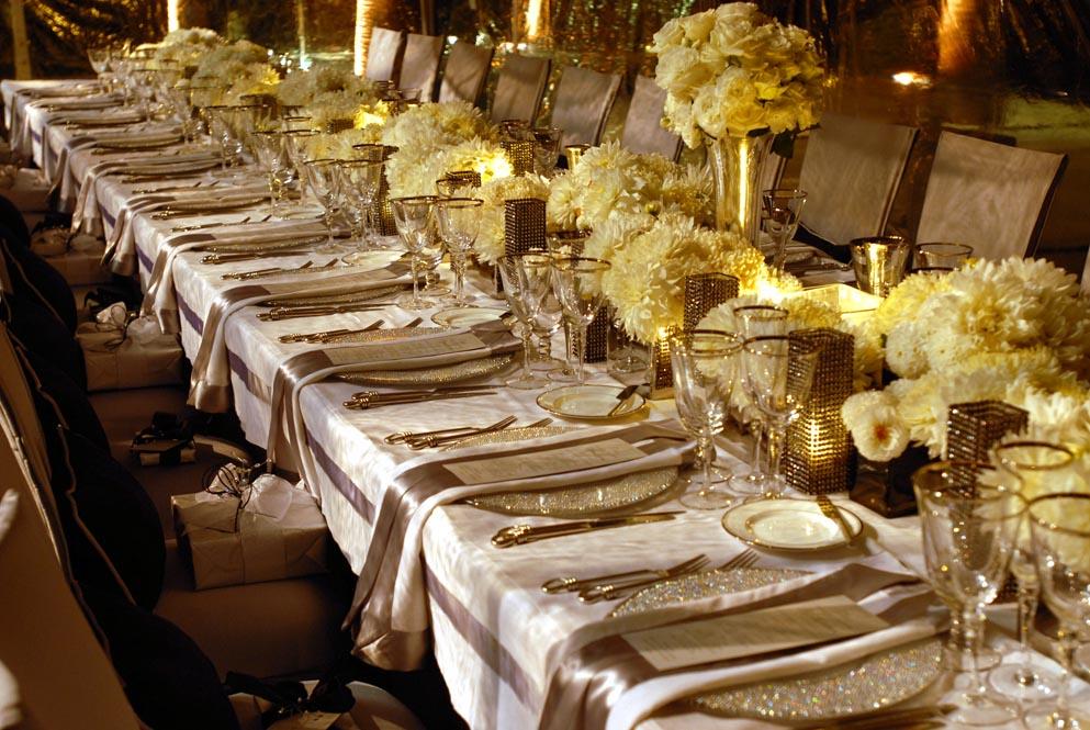 Apparecchiatura elegante oro e seta tuscanbites catering