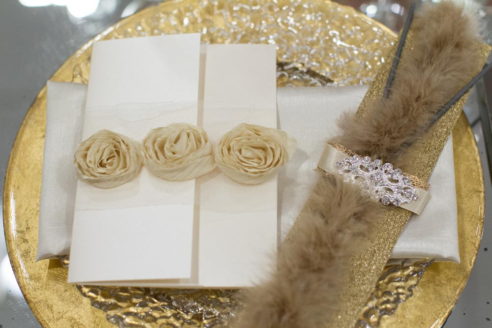 elegant gold table settings