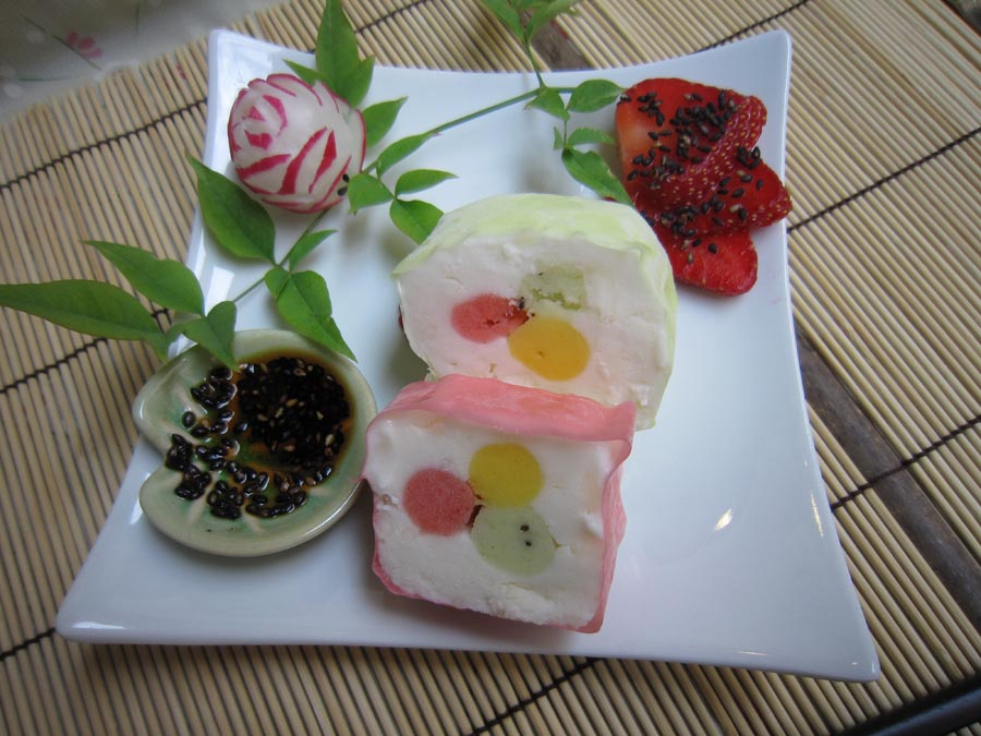 ice creame cake in asian style