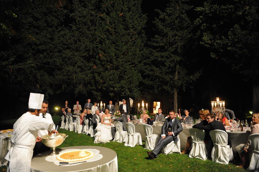 making wedding cake reception tuscanbites catering