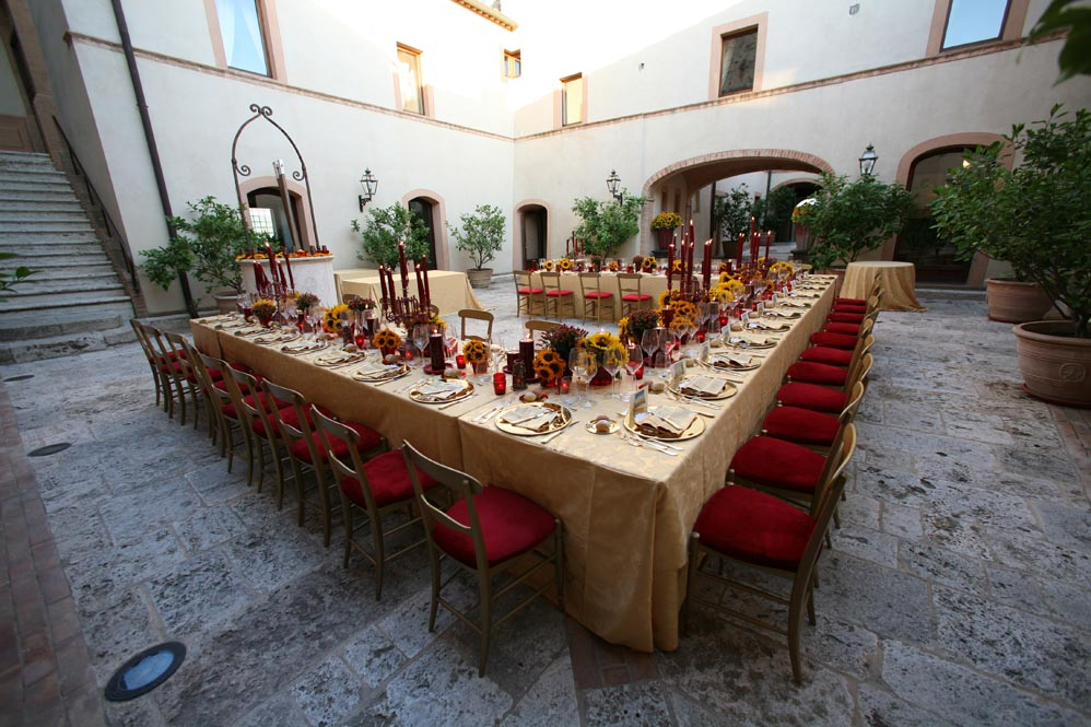 red sunflowers reception settings tuscany countryside