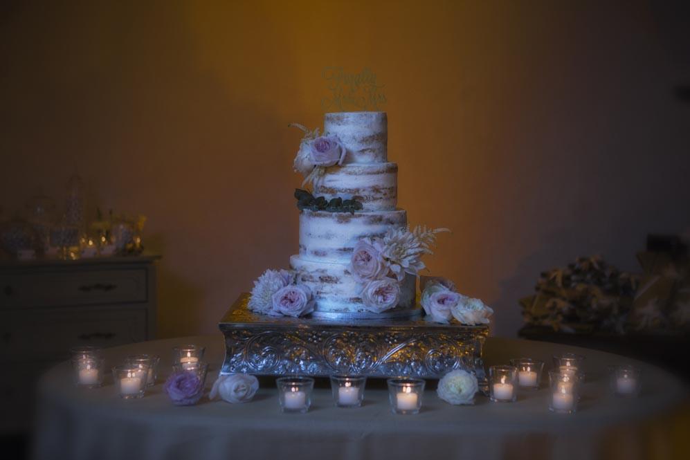 romantic wedding cake display tuscanbit