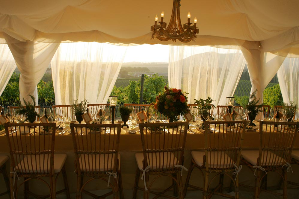 table arrangement in the tuscan winegard