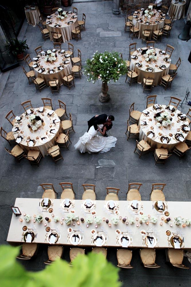 tuscanbites catering wedding newlyweds