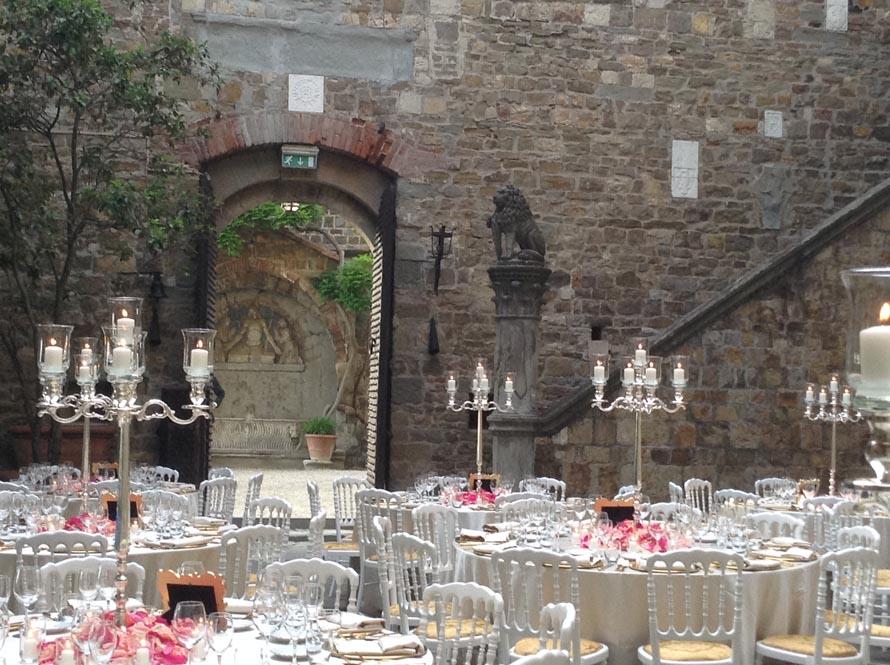 white calssic wedding reception tuscanbtes catering